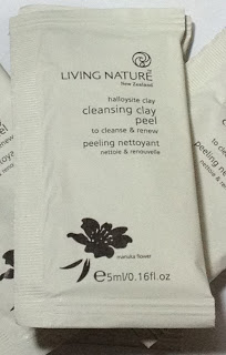 Living Nature Cleansing Clay Peel