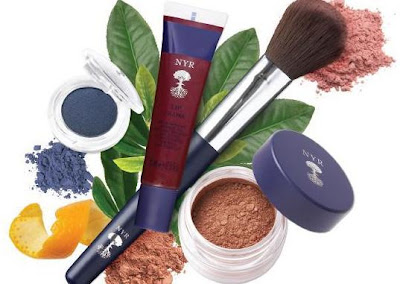 New Neal's Yard Remedies Organic Make-Up