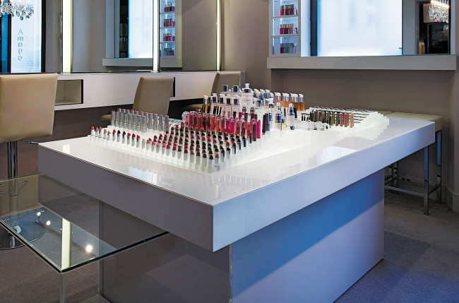 Cosmetics a La Carte Shop Interior