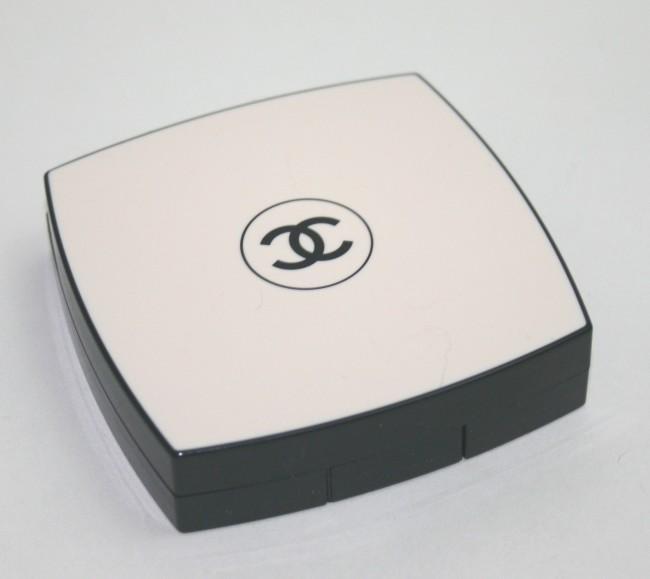 Chanel Les Beiges Box