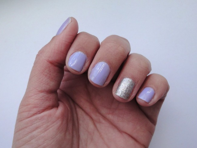 3 Paint the nails