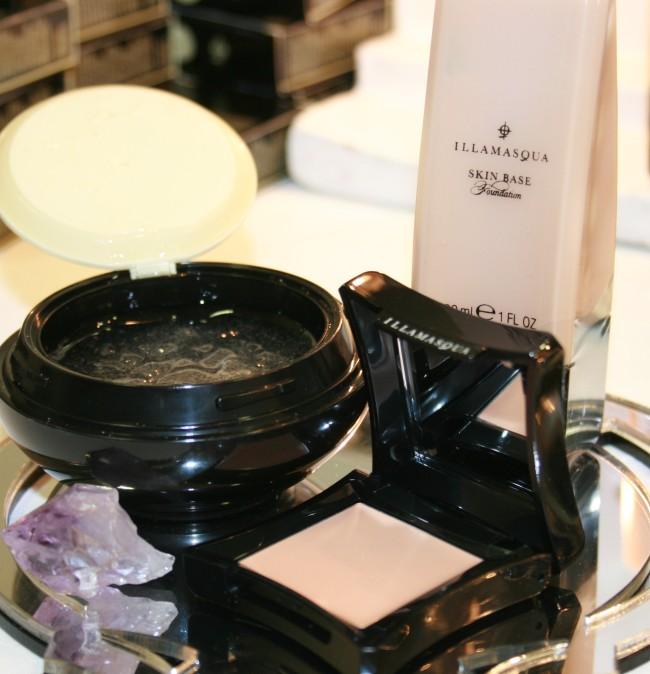 Illamasqua Skin Base, Hydra Veil and Skin Base Lift