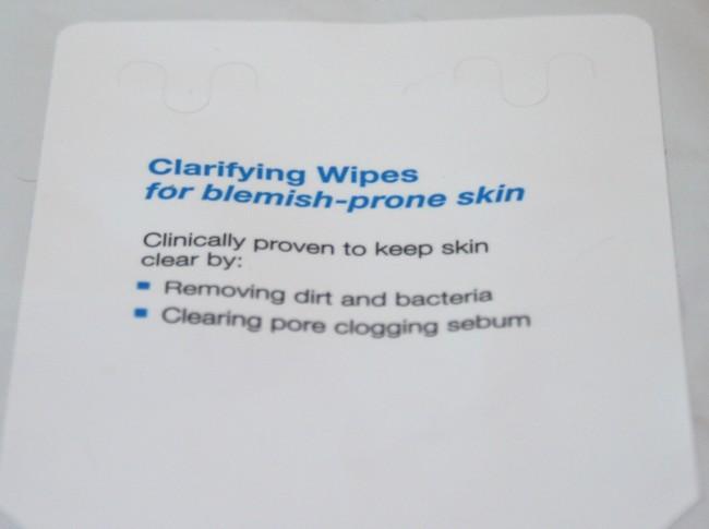 Murad Clarifying Wipes Close Up