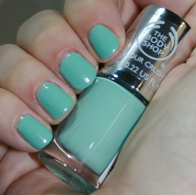The Body Shop Colour Crush Nail Collection Mint Cream