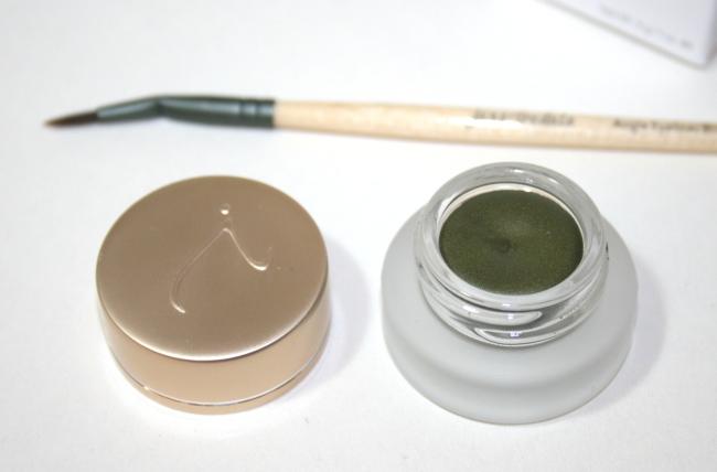 Jane Iredale Jelly Gel Eyeliner in Green and Angle Eyeliner Brush ...
