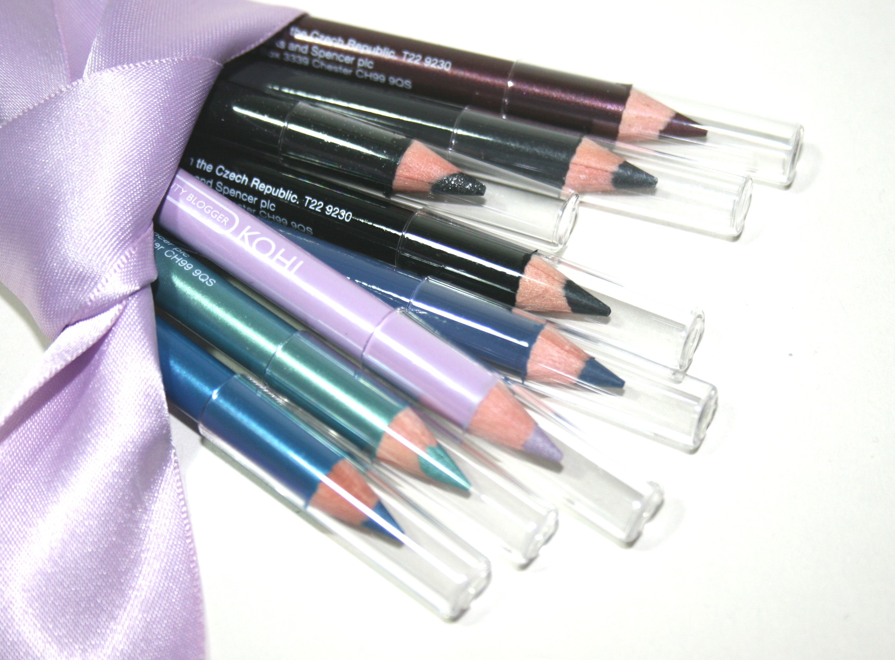 British Beauty Blogger / Marks & Spencer Eye Pencil Kit