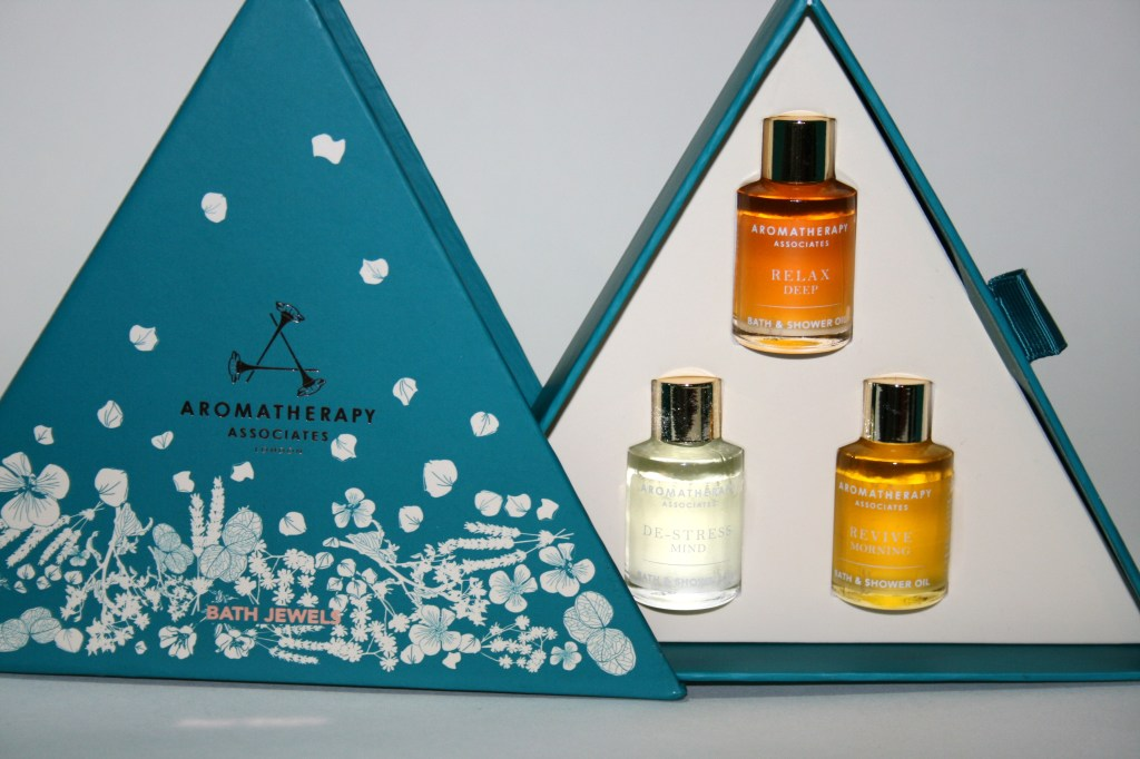 12 Gifts of Christmas: Aromatherapy Associates Bath Jewels