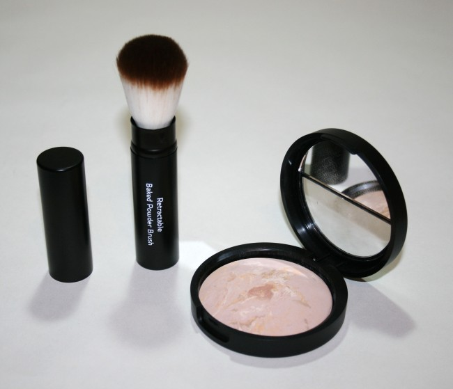 Laura Geller Balance n Brighten Baked Foundation with Brush review