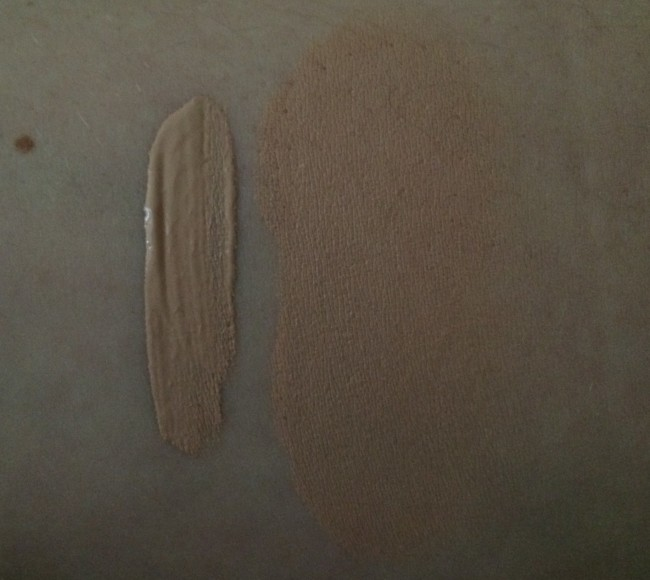Clinique Beyond Perfecting Foundation and Concealer Alabaster Swatch