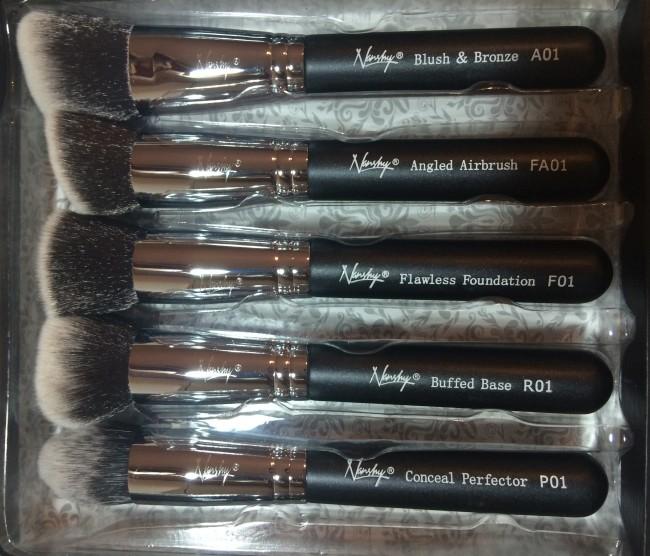 Nanshy Gobsmack Glamorous Face Makeup Brush Set Review