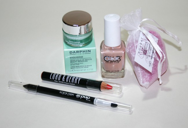 Glossybox April 2015 Iconic Hollywood Edition  Contents
