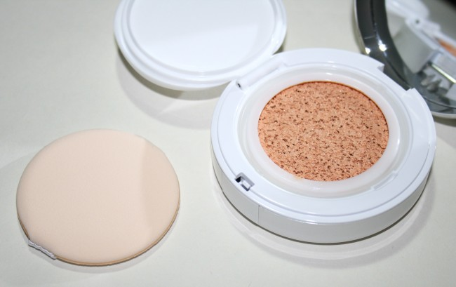 Lancome Miracle Cushion Foundation Porcelaine