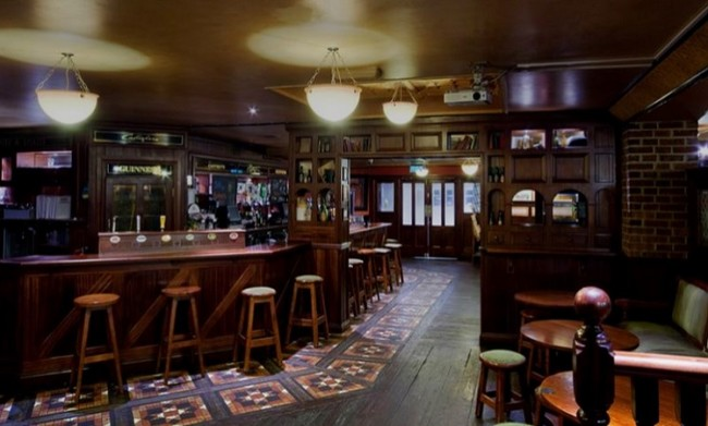 Holiday Inn Bloomsbury - Callaghans Bar