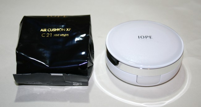 Iope Air Cushion XP SPF50 Foundation inner packaging