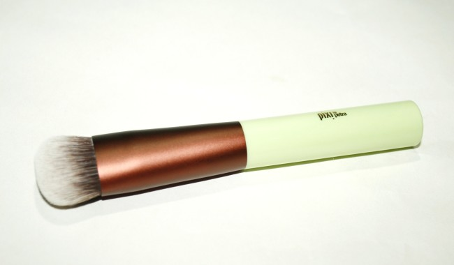 Pixi Full Coverage Foundation Brush