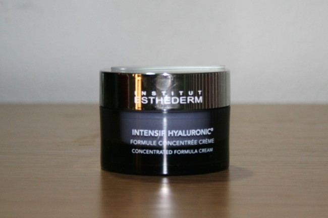 Institut Esthederm Intensif Hyaluronic Concentrated Formula Cream Review