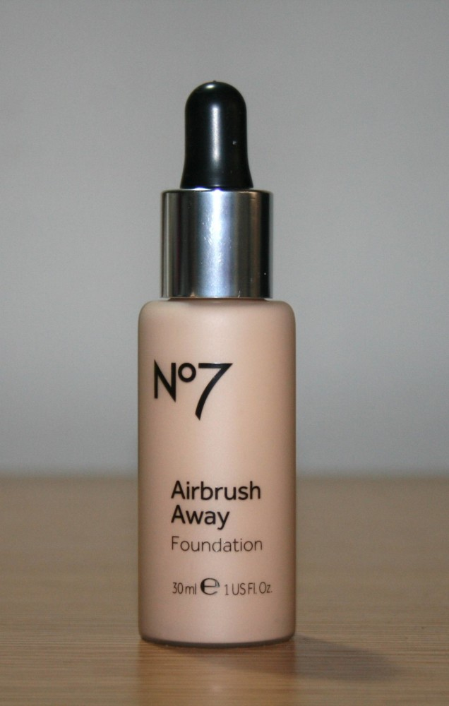 Boots No7 Airbrush Away Foundation Review