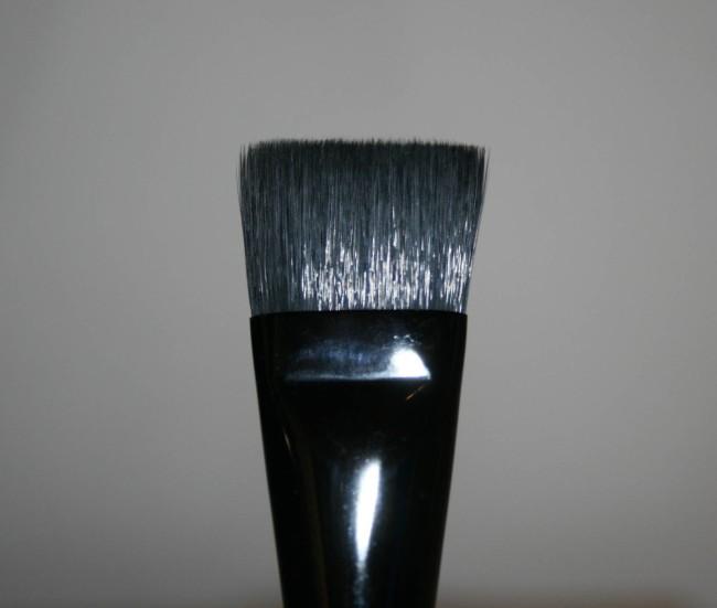 Japonesque Foundation Brush