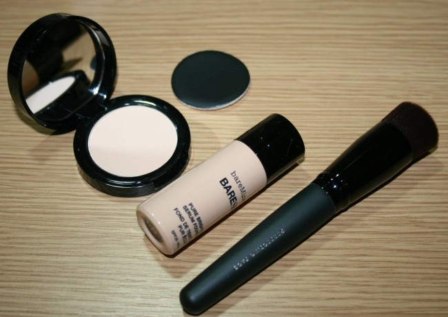 bareMinerals Experience bareSkin Beauty Kit Contents
