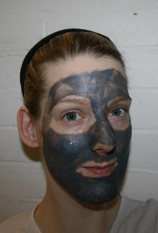 Merumaya Mud Marvels Mask Review Swatch
