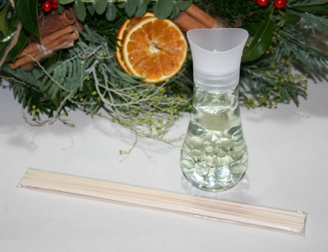 Air Wick Mulled Wine by the Fire Reed Diffuser