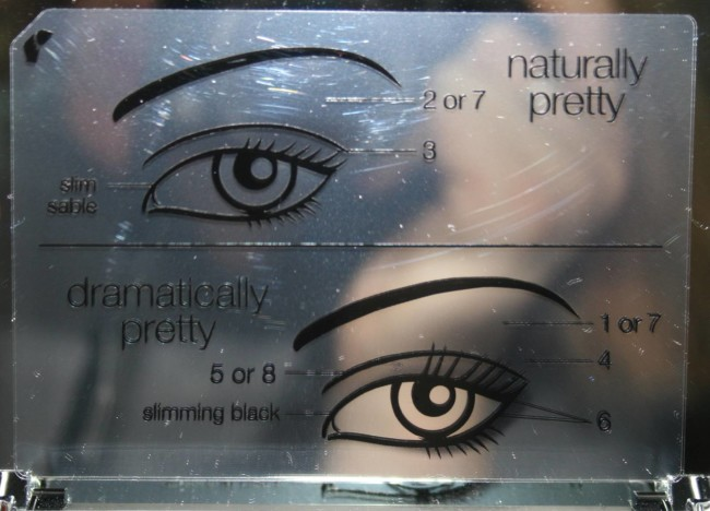 Clinique Pretty Easy Eye Palette Review