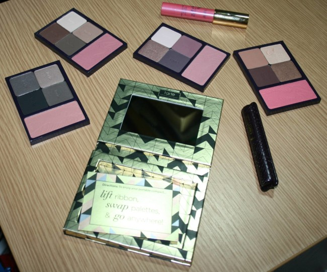 Tarte Holiday Blockbuster Collection Bits