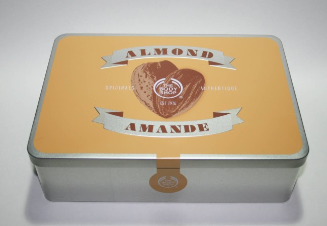 The Body Shop Almond Hand & Nail Expert Set