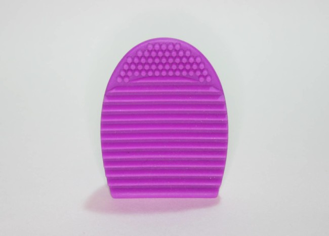 Makeup Revolution Brush Cleaning Tool