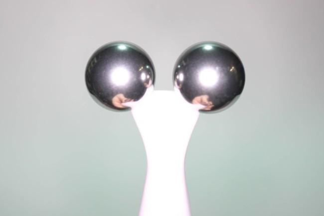 The Body Shop Oils of Life Twin Ball Facial Massager Reviews