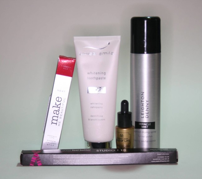 Glossybox April 2016 Contents