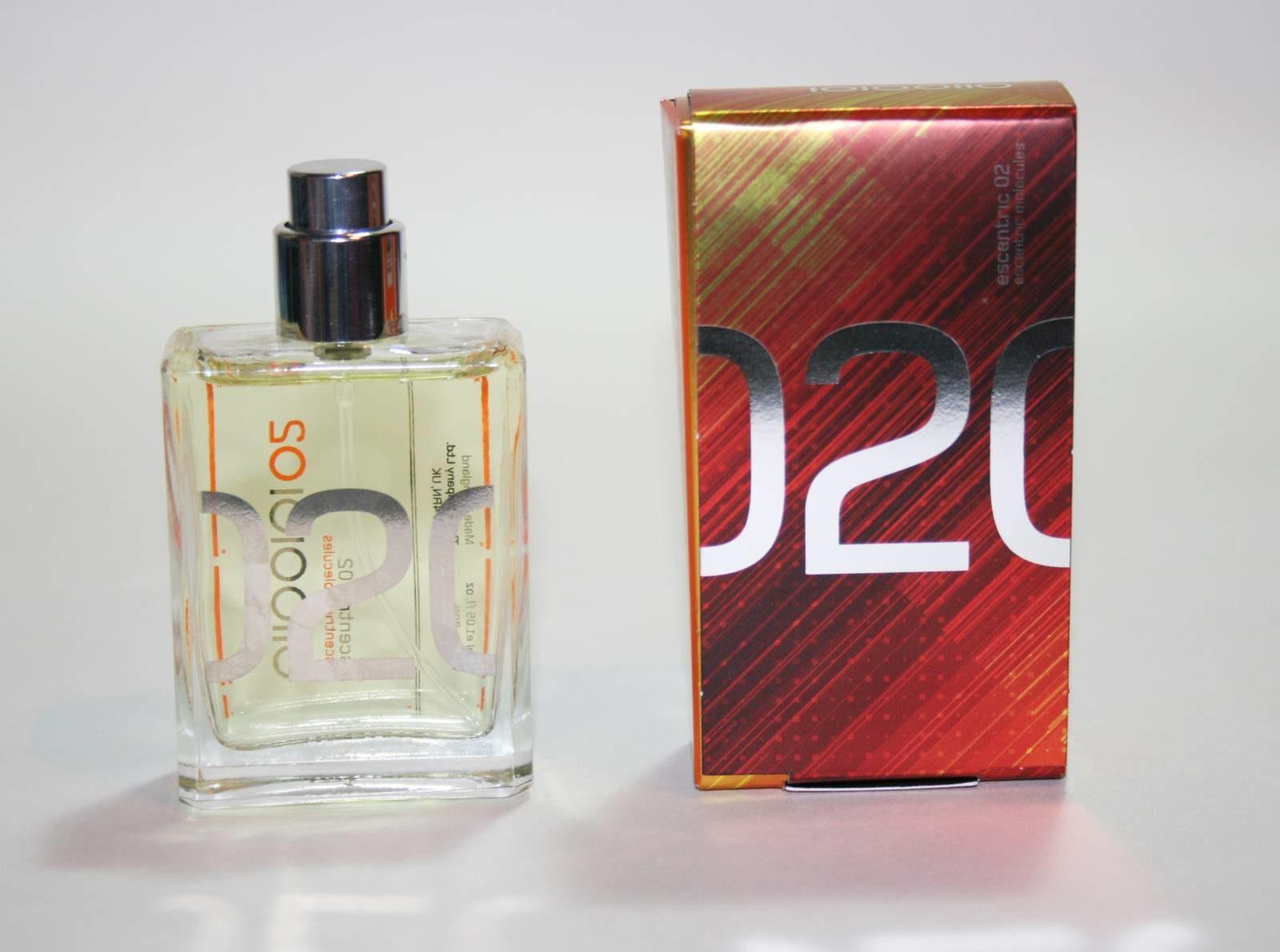 Fragrance Friday: Escentric Molecules Escentric 02