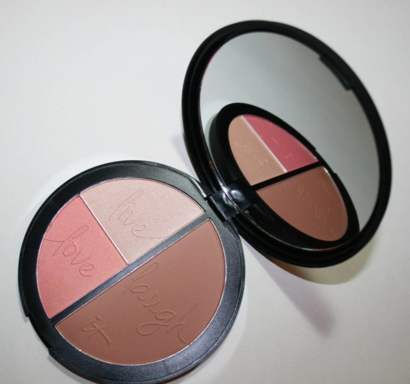 IT Cosmetics Your Most Beautiful You Face Disc Reviews