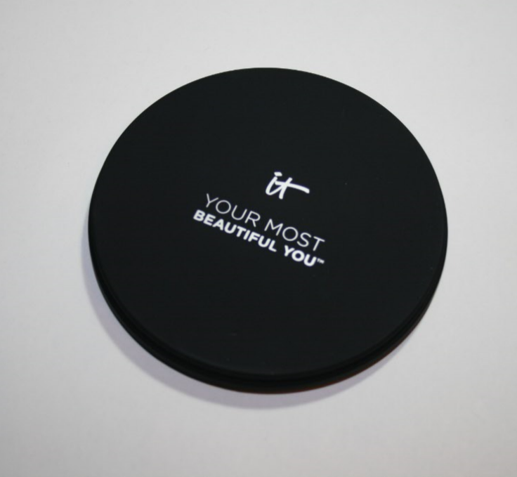 IT Cosmetics Your Most Beautiful You Face Disc
