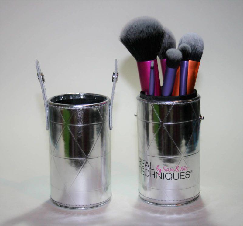 real-techniques-travel-case-makeup-brush-set