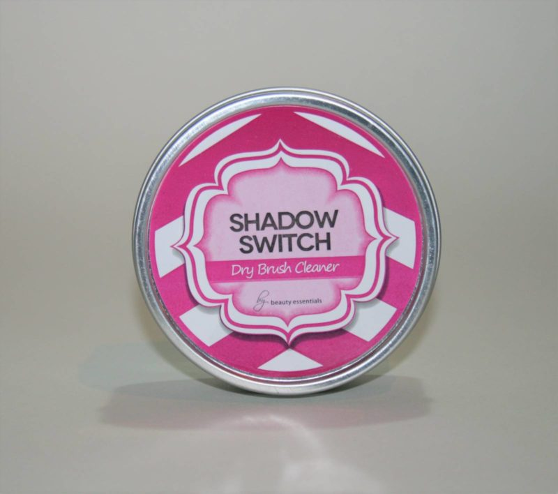 shadow-switch-dry-brush-cleaner