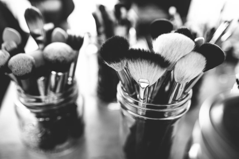 Guest Post: Storage Secrets to Untangle Your Beauty Bits