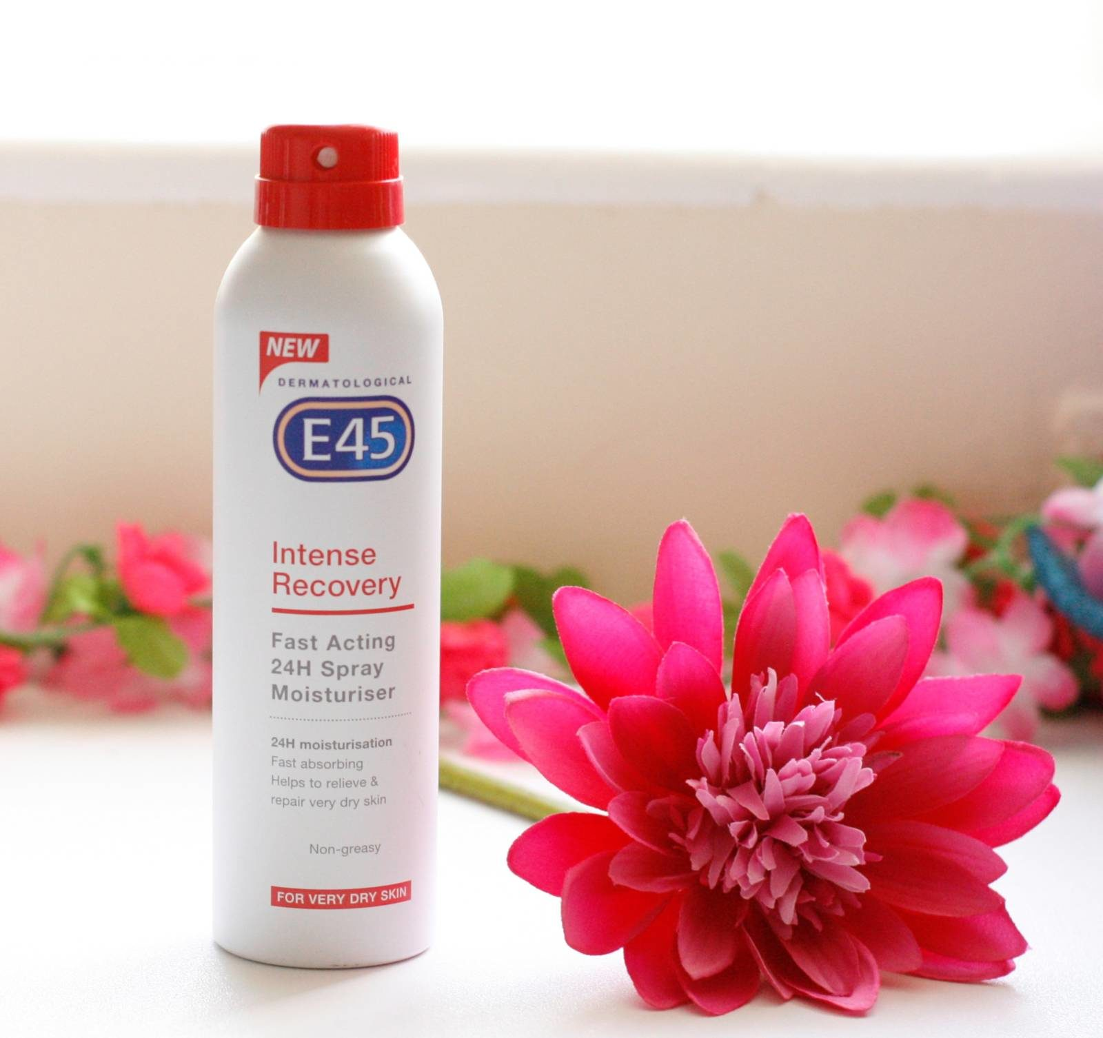 E45 Intense Recovery Fast Acting 24H Spray Moisturiser Review