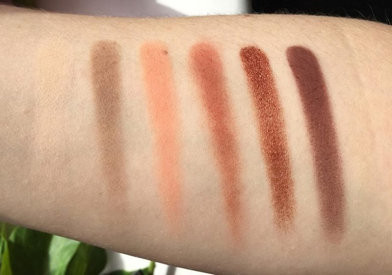 Huda Beauty Desert Dusk Eyeshadow Palette First Row Swatches