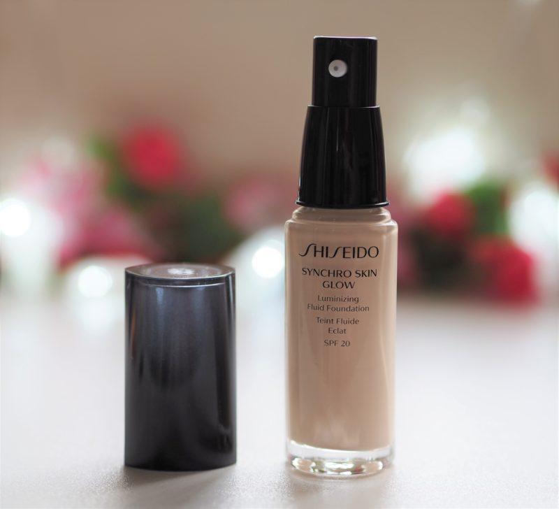 Shiseido Synchro Skin Glow Luminizing Fluid Foundation Bottle