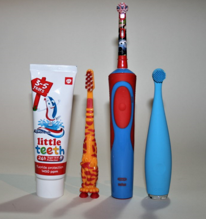 Toothbrushes for Toddlers – How to Get Them to Brush Their Teeth!