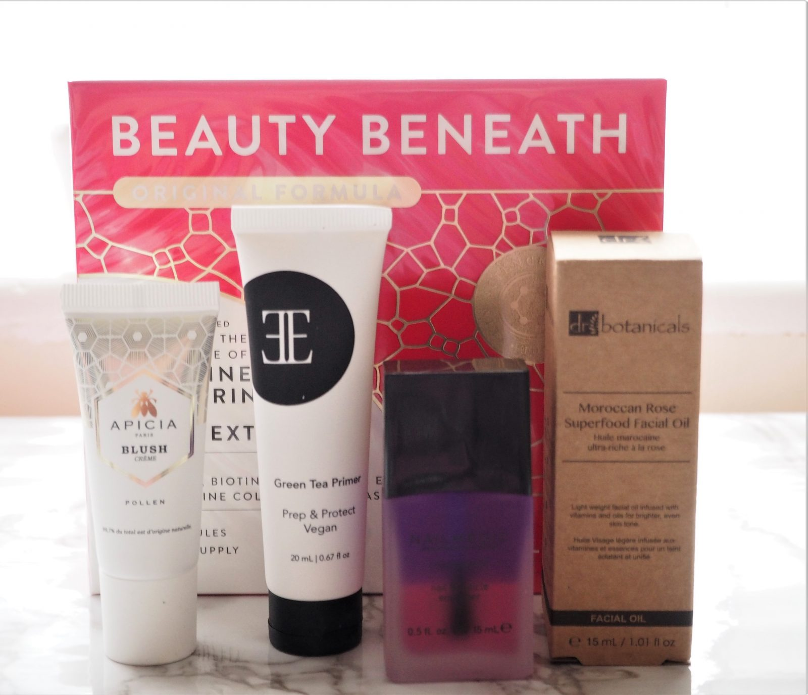 Glossybox January 2018 Contents