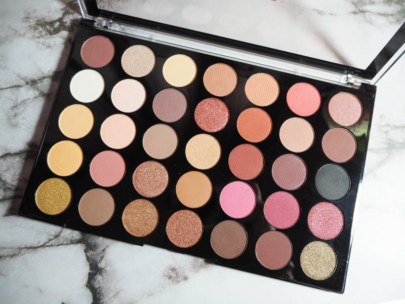 Makeup Revolution Pro HD Palette Amplified 35 in Socialite