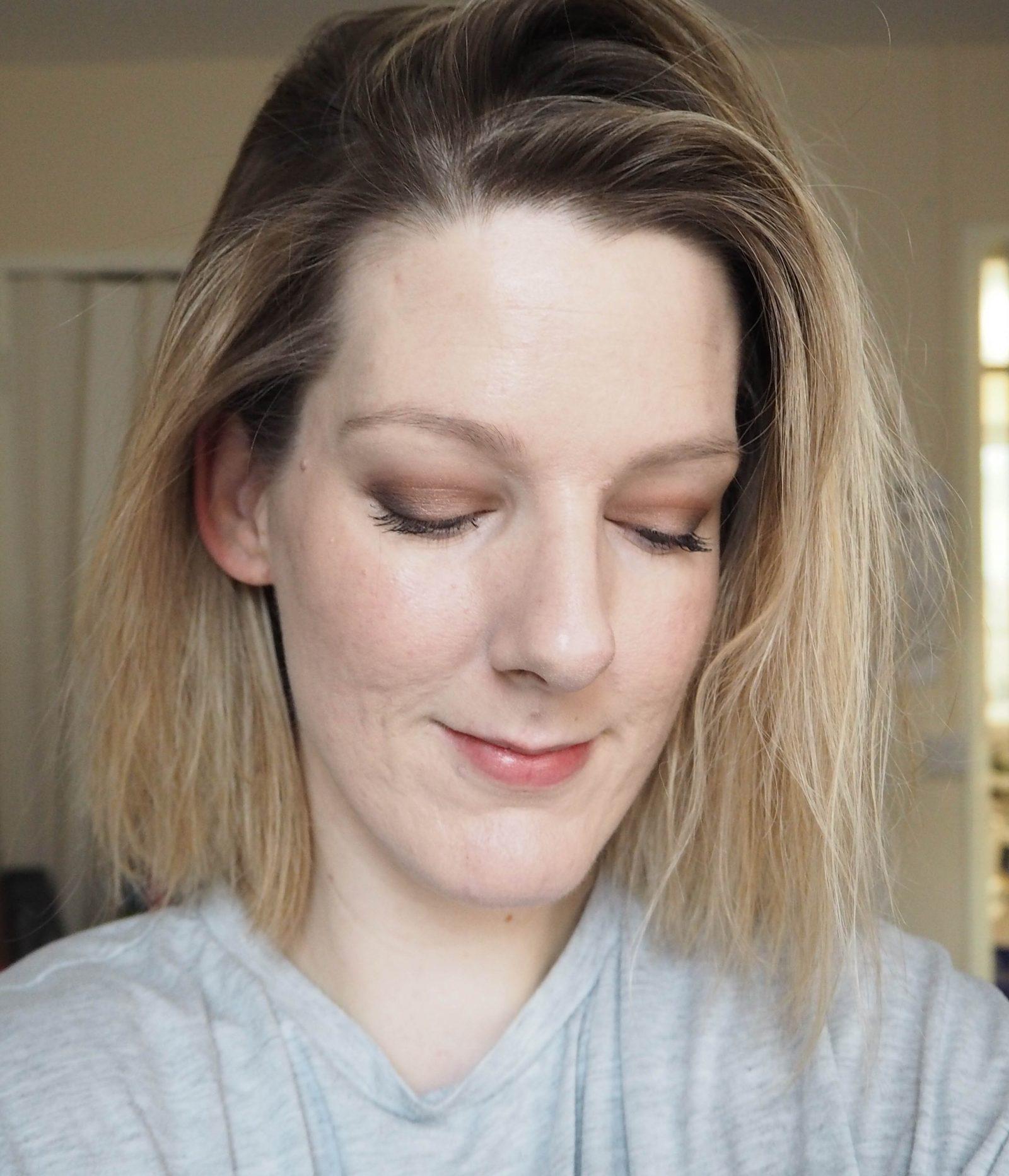 Makeup Revolution Pro HD Palette Amplified 35 in Socialite