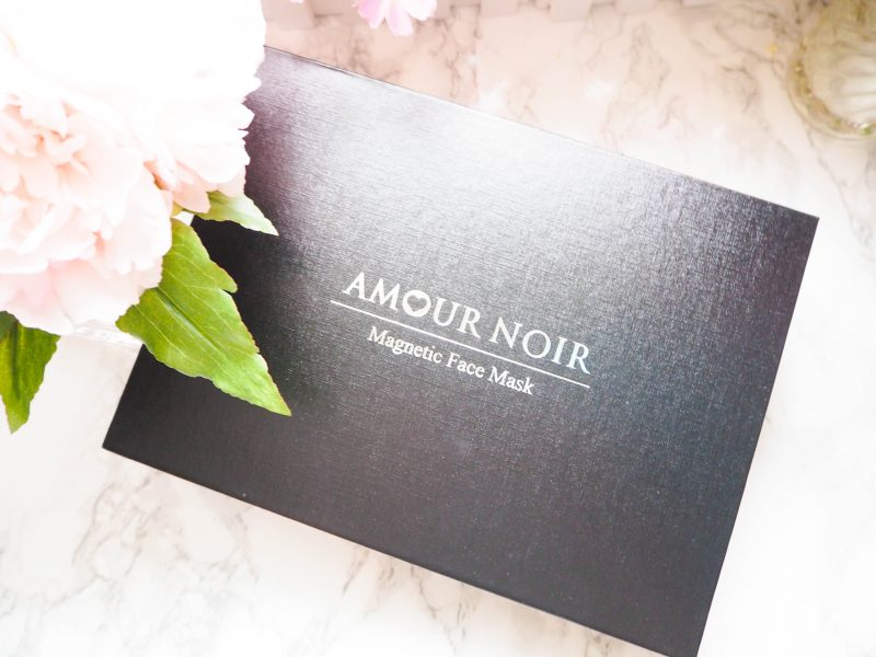 Amour Noir Magnetic Face Mask