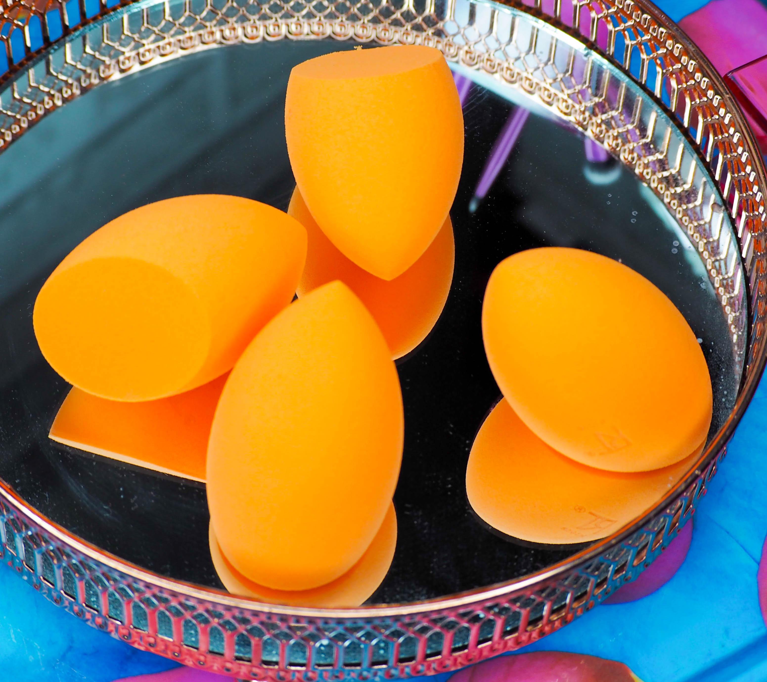 4 Miracle Sponges