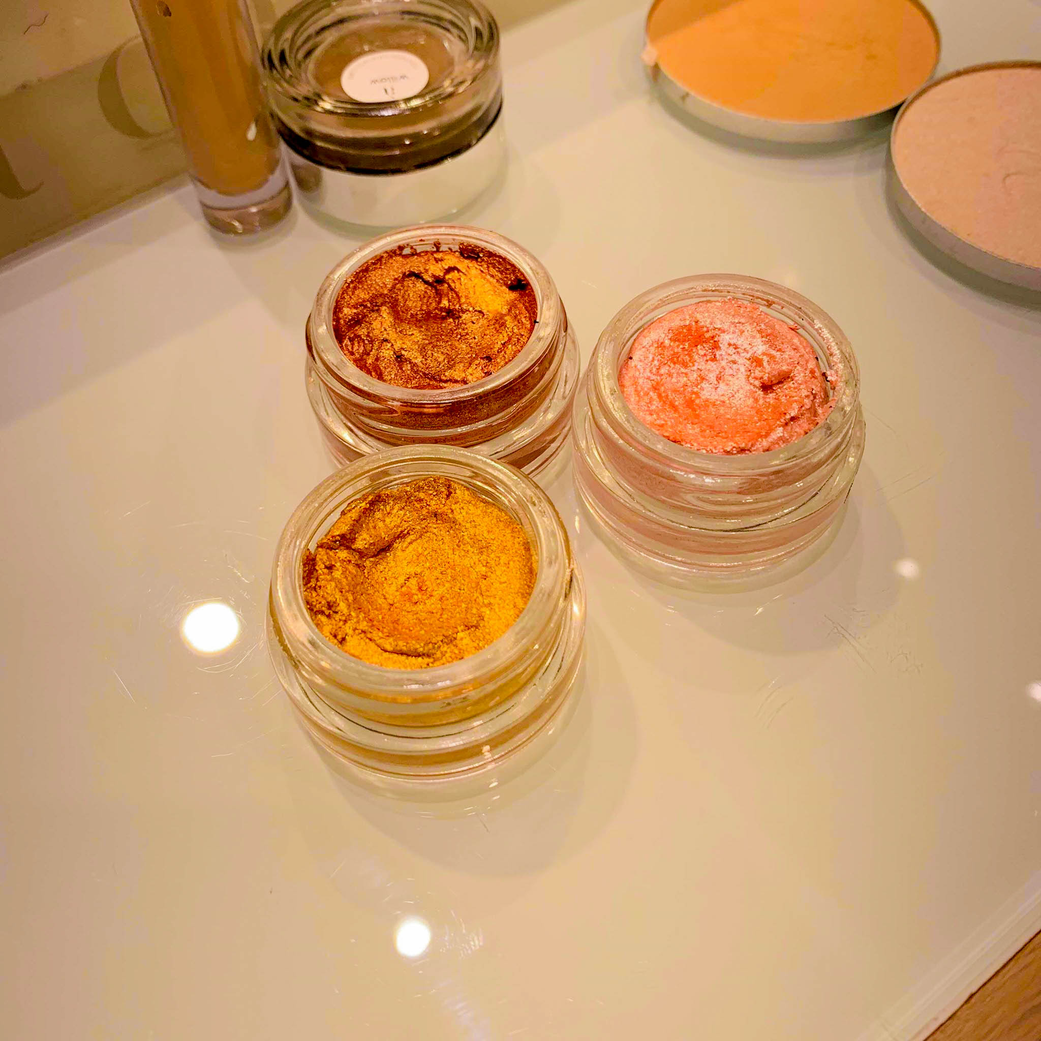 Cosmetics a la Carte Beach Glow