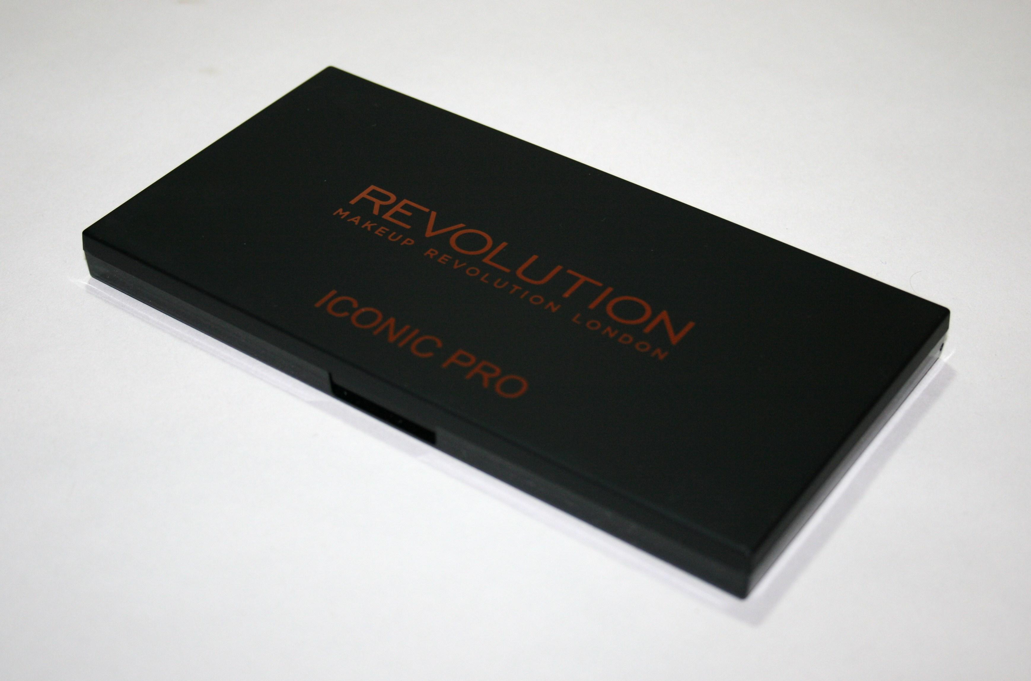 Makeup Revolution Iconic Pro 1 Palette