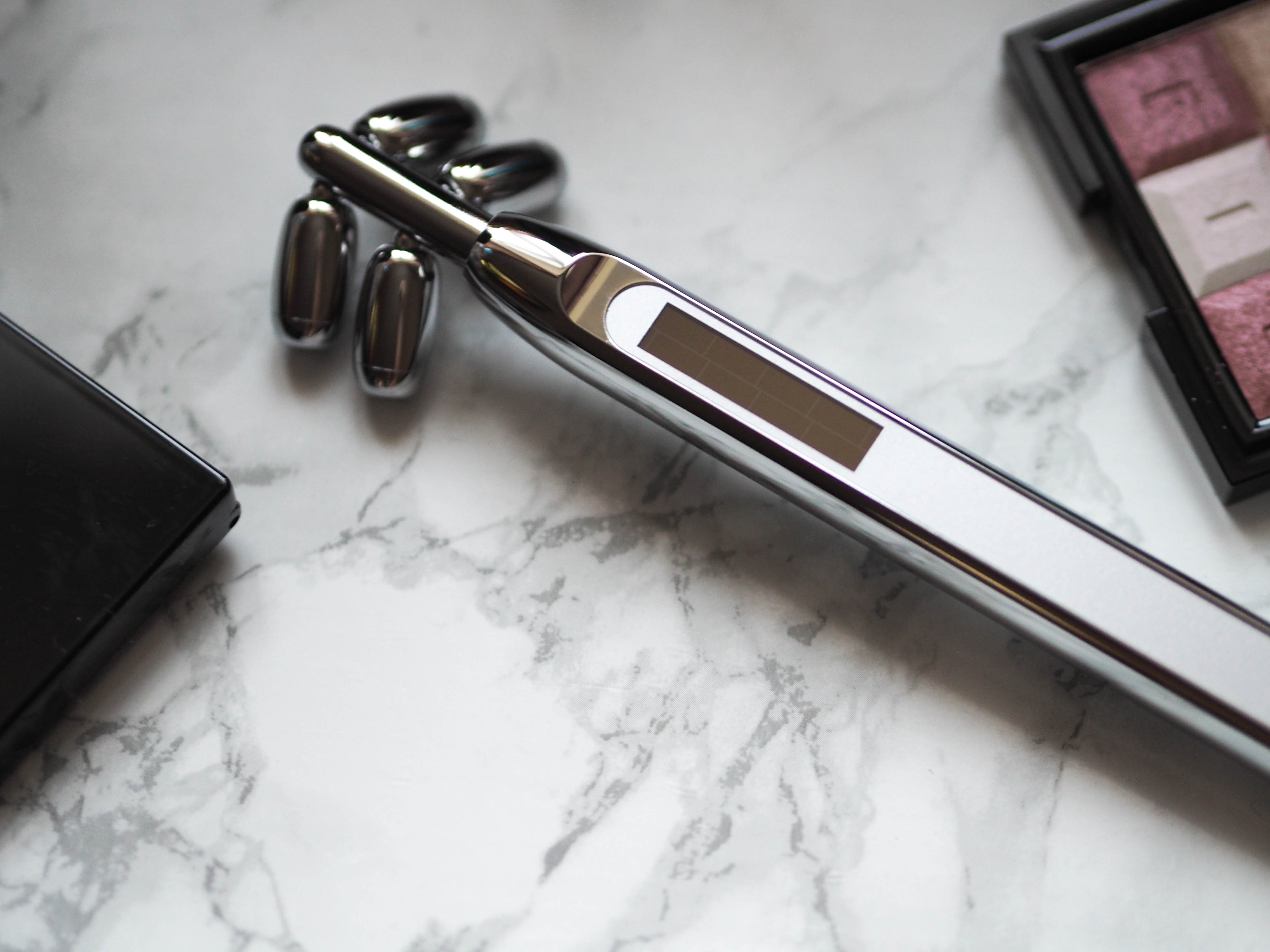 Beauty Pie Uplifting Microcurrent Face Roller